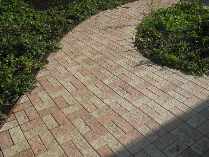 Тротуарная плитка «Кирпич рваный»